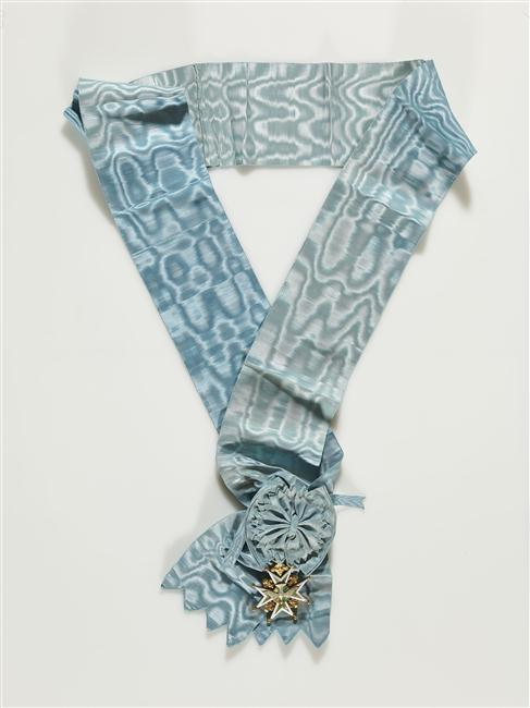 cross and blue ribbon of the order of the Holy Ghost (18th century)